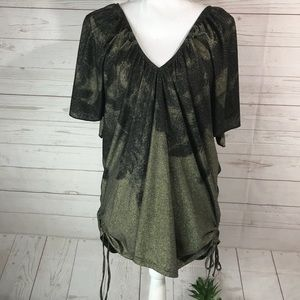City chic | Shimmering Deep V-Neck Blouse M 18